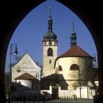 pam_018_bazilika_sv-_vaclava_a_kostel_sv-_klimenta